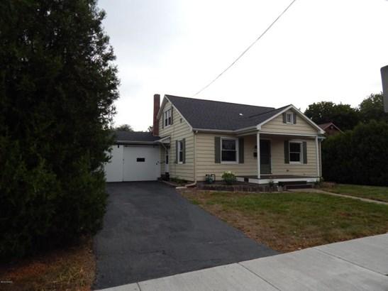 316 N Broad St, Selinsgrove, PA - USA (photo 2)