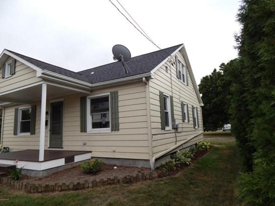 316 N Broad St, Selinsgrove, PA - USA (photo 3)