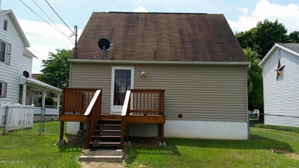 324 Thompson St, Mifflinburg, PA - USA (photo 2)