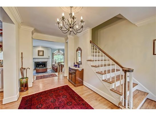 2 Story/Basement, Traditional - Charlotte, NC (photo 2)