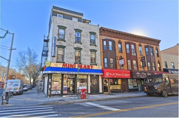 130 Nassau Avenue, Brooklyn, NY - USA (photo 2)