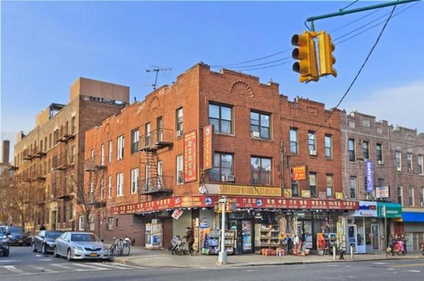 4324 8th Avenue, Brooklyn, NY - USA (photo 2)