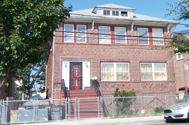 449 Beach 68th Street, Arverne, NY - USA (photo 1)