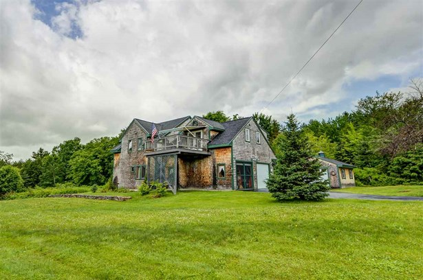 Contemporary, Single Family - Whitefield, NH (photo 4)