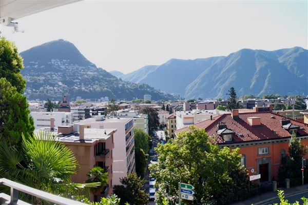 Lugano - CHE (photo 2)