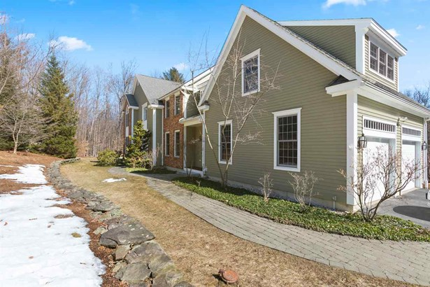 Colonial,Contemporary, Single Family - Hopkinton, NH (photo 2)