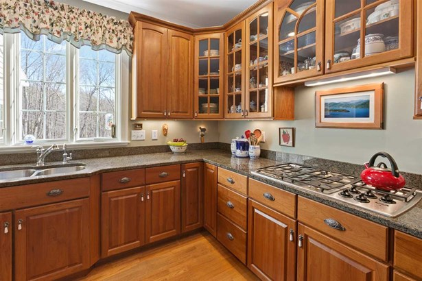 Colonial,Contemporary, Single Family - Hopkinton, NH (photo 5)