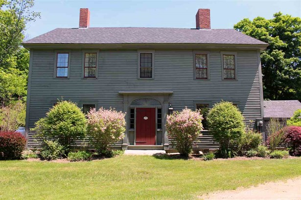 Antique,Colonial, Single Family - Deerfield, NH (photo 1)
