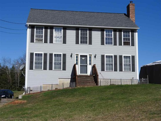 Colonial, Single Family - Pittsfield, NH (photo 1)