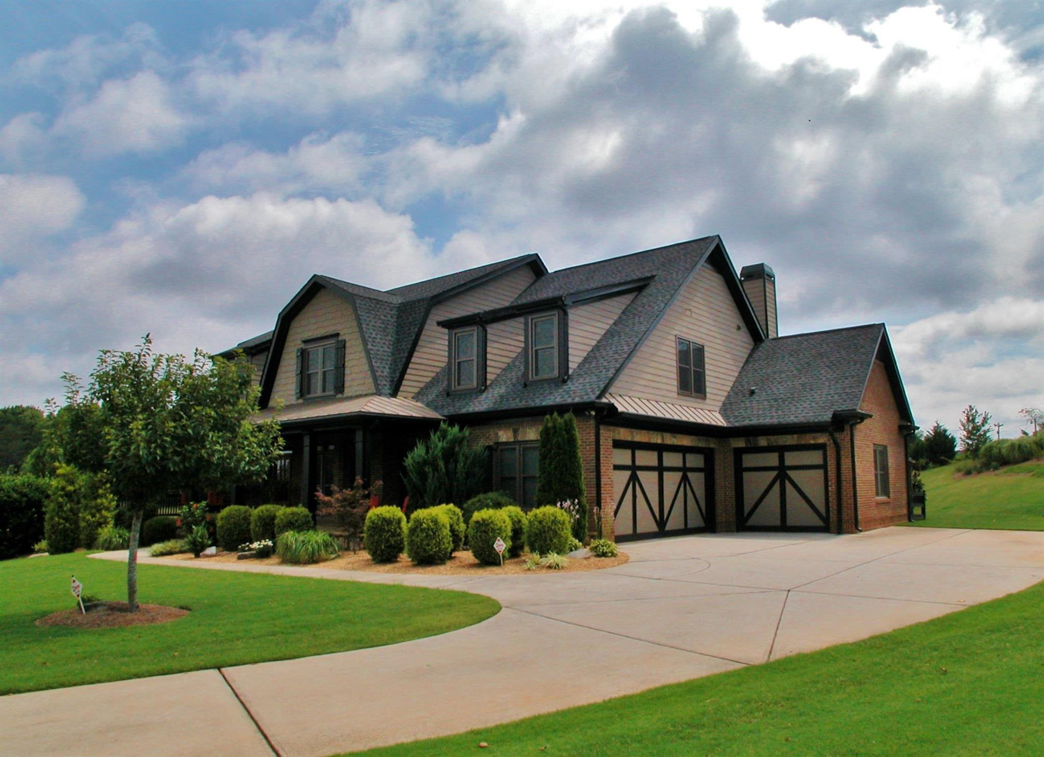 Single Family Detached, Craftsman,Traditional - Gainesville, GA (photo 2)
