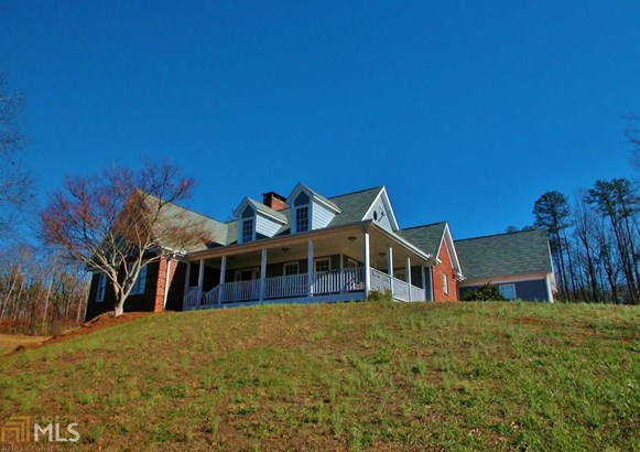 Single Family Detached, Ranch,Traditional - Cumming, GA (photo 2)