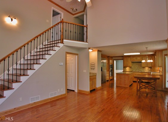 Single Family Detached, Traditional - Flowery Branch, GA (photo 2)