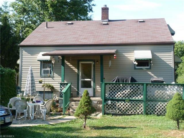 1252 Vanderhoof Rd, New Franklin, OH - USA (photo 4)