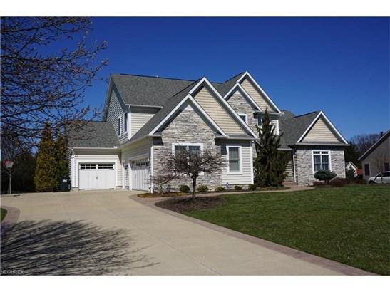 5879 Westridge Cir Northwest, North Canton, OH - USA (photo 2)