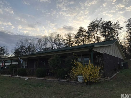 Ranch, Single Family - Taylorsville, NC (photo 1)