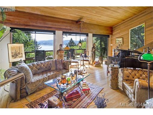 1695 Cottage Way, Galiano Island, BC - CAN (photo 5)
