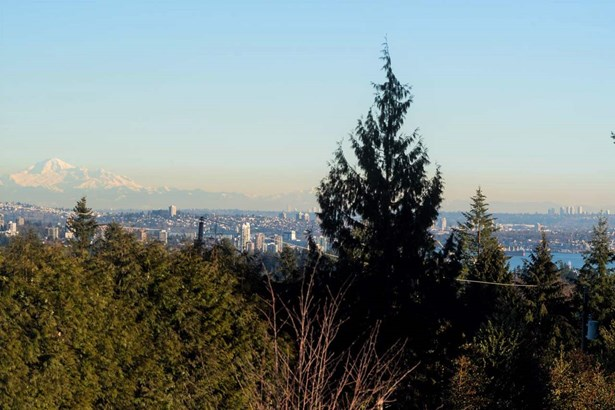 865 Highland Drive, West Vancouver, BC - CAN (photo 3)
