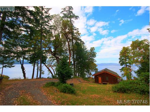 132 Narrows West Rd, Salt Spring Island, BC - CAN (photo 1)