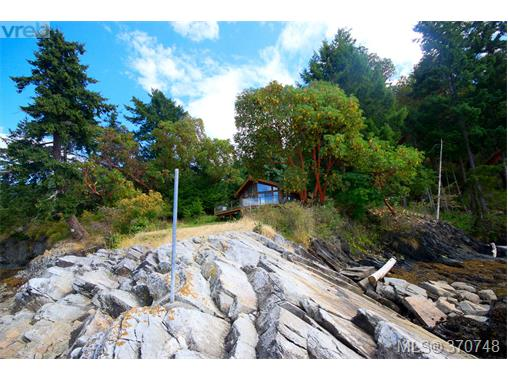132 Narrows West Rd, Salt Spring Island, BC - CAN (photo 5)