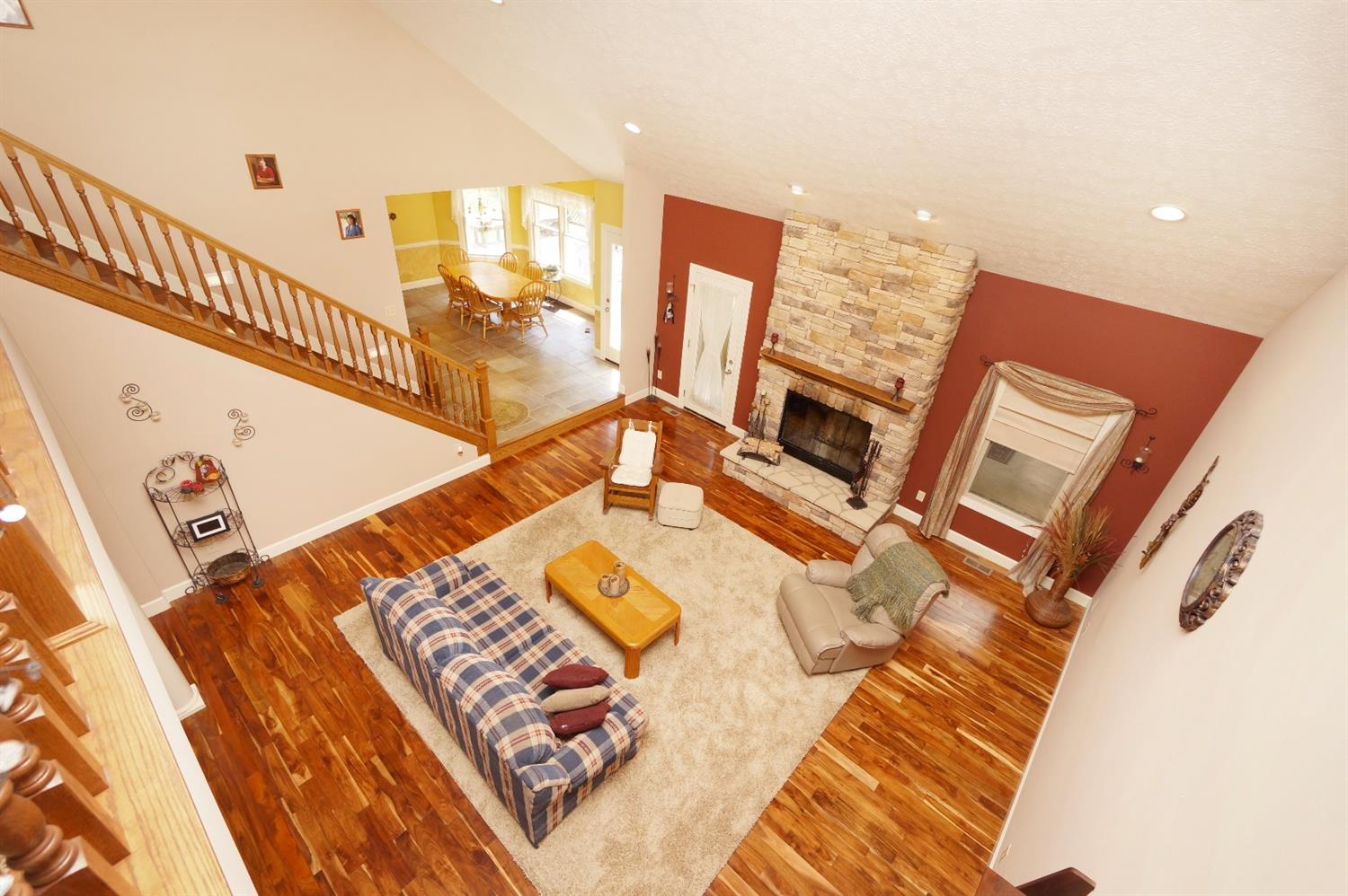 Transitional, Single Family Residence - Harlan Twp, OH (photo 4)