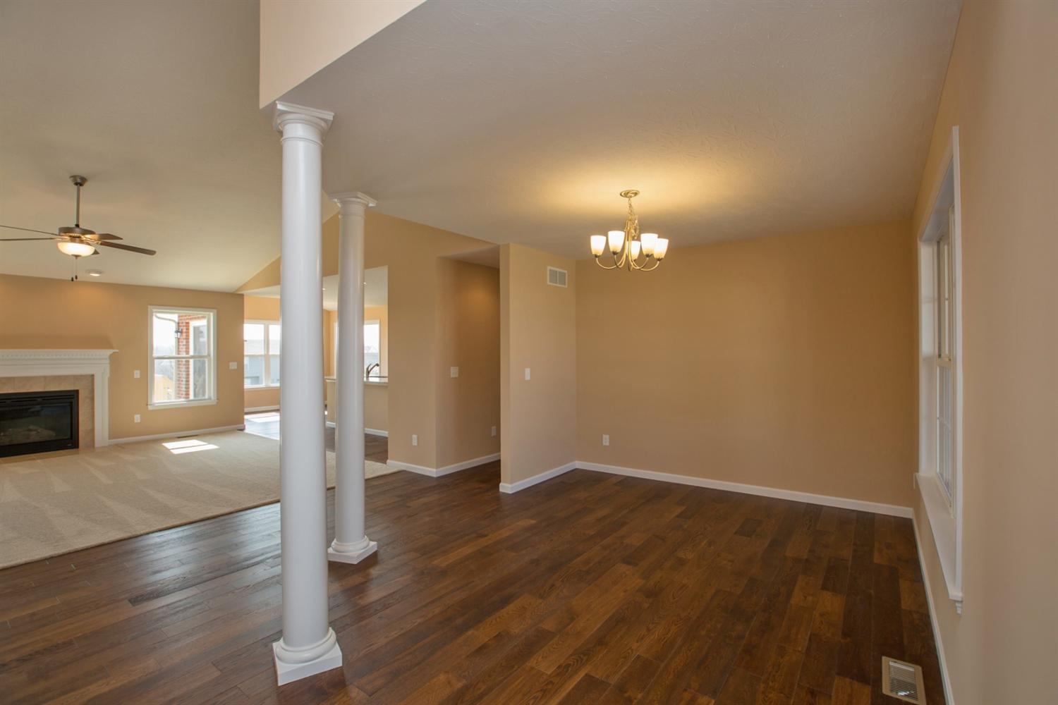 Single Family Residence, Ranch - Liberty Twp, OH (photo 4)