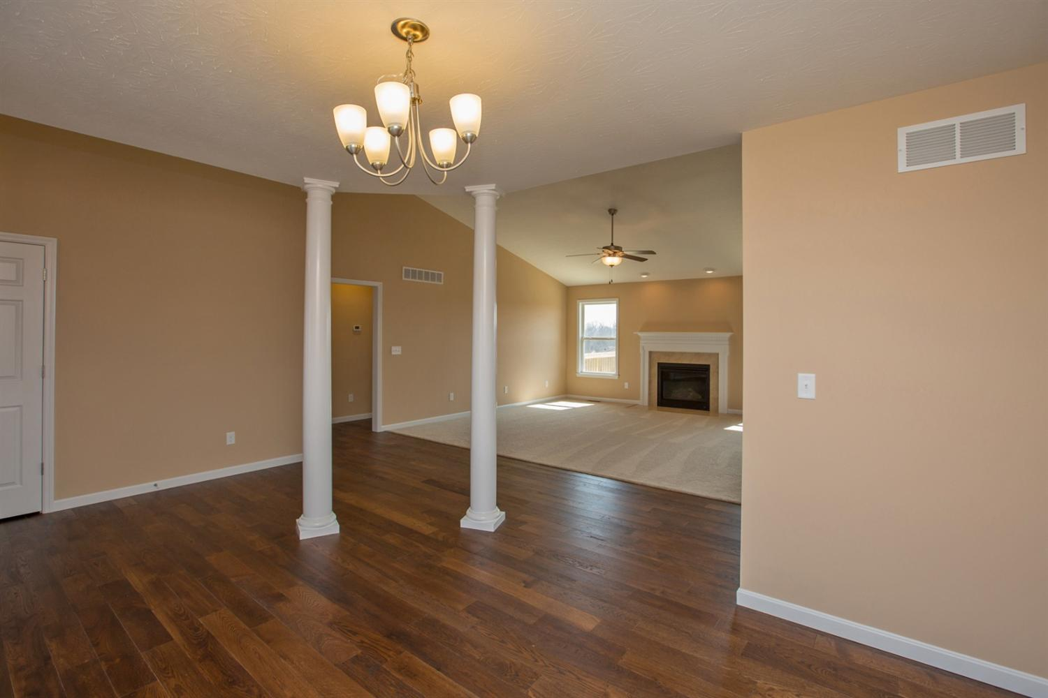 Single Family Residence, Ranch - Liberty Twp, OH (photo 5)