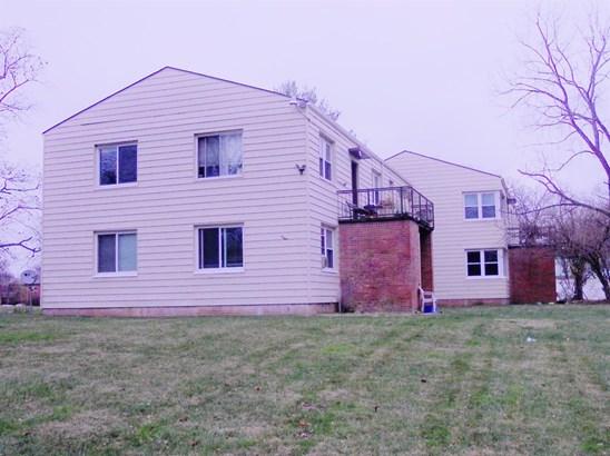 Multi Fam 2-4 units - Greenhills, OH (photo 5)
