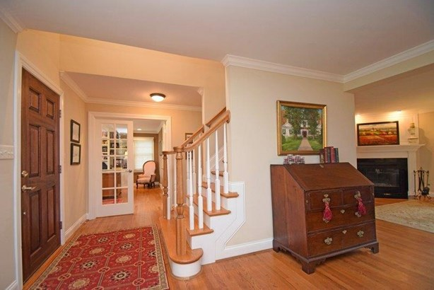 Single Family Residence, Transitional,Cape Cod - Terrace Park, OH (photo 2)