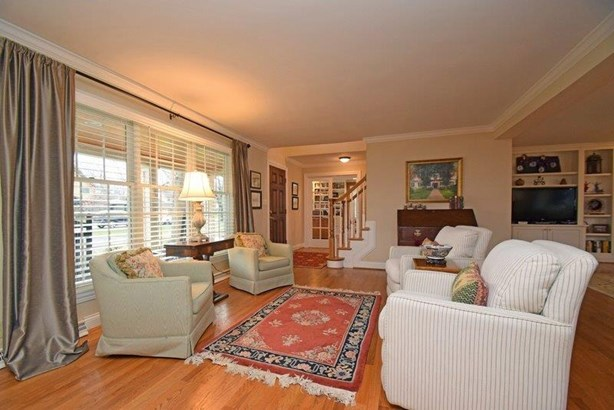 Single Family Residence, Transitional,Cape Cod - Terrace Park, OH (photo 4)