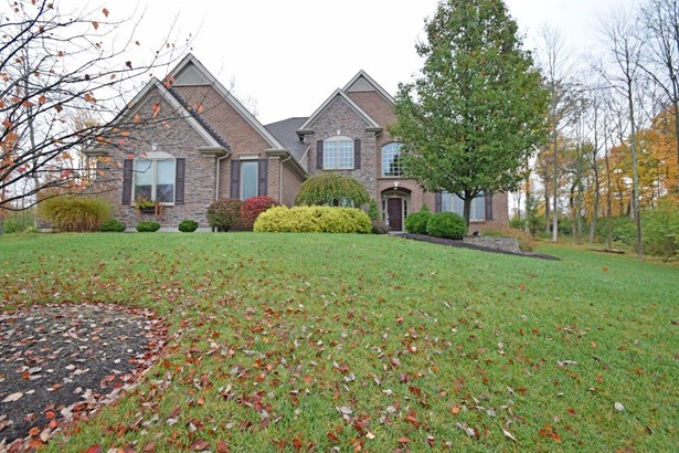 Single Family Residence, Traditional - Anderson Twp, OH (photo 1)