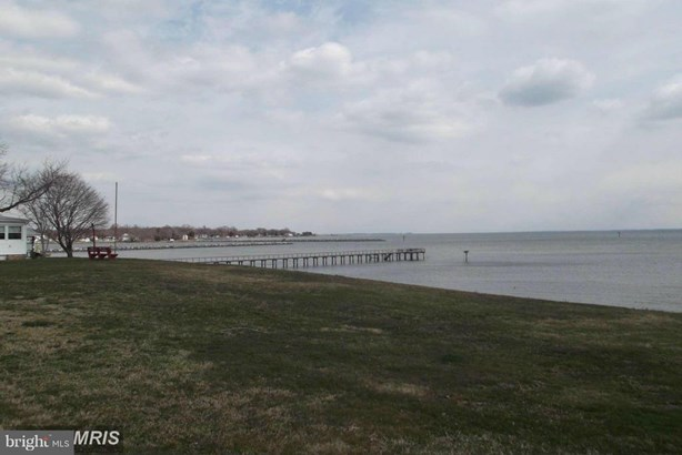 Central Dr S, Tracys Landing, MD - USA (photo 1)
