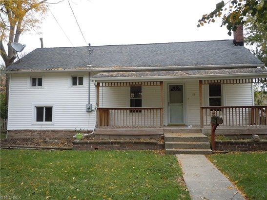 Split Level, Single Family - Wellington, OH (photo 1)