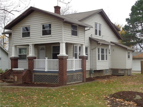Colonial, Single Family - Sheffield Lake, OH (photo 1)