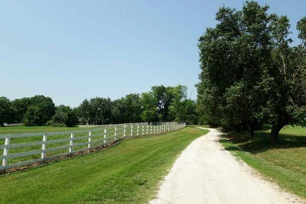 Farm House, Single Family - Seneca, SC (photo 2)