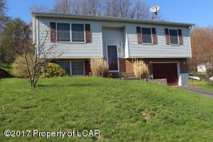 16 Overlook Dr, Nanticoke, PA - USA (photo 1)