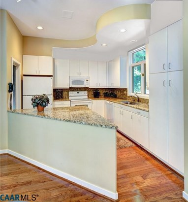 Chalet,Contemporary, Detached - WINTERGREEN RESORT, VA (photo 2)