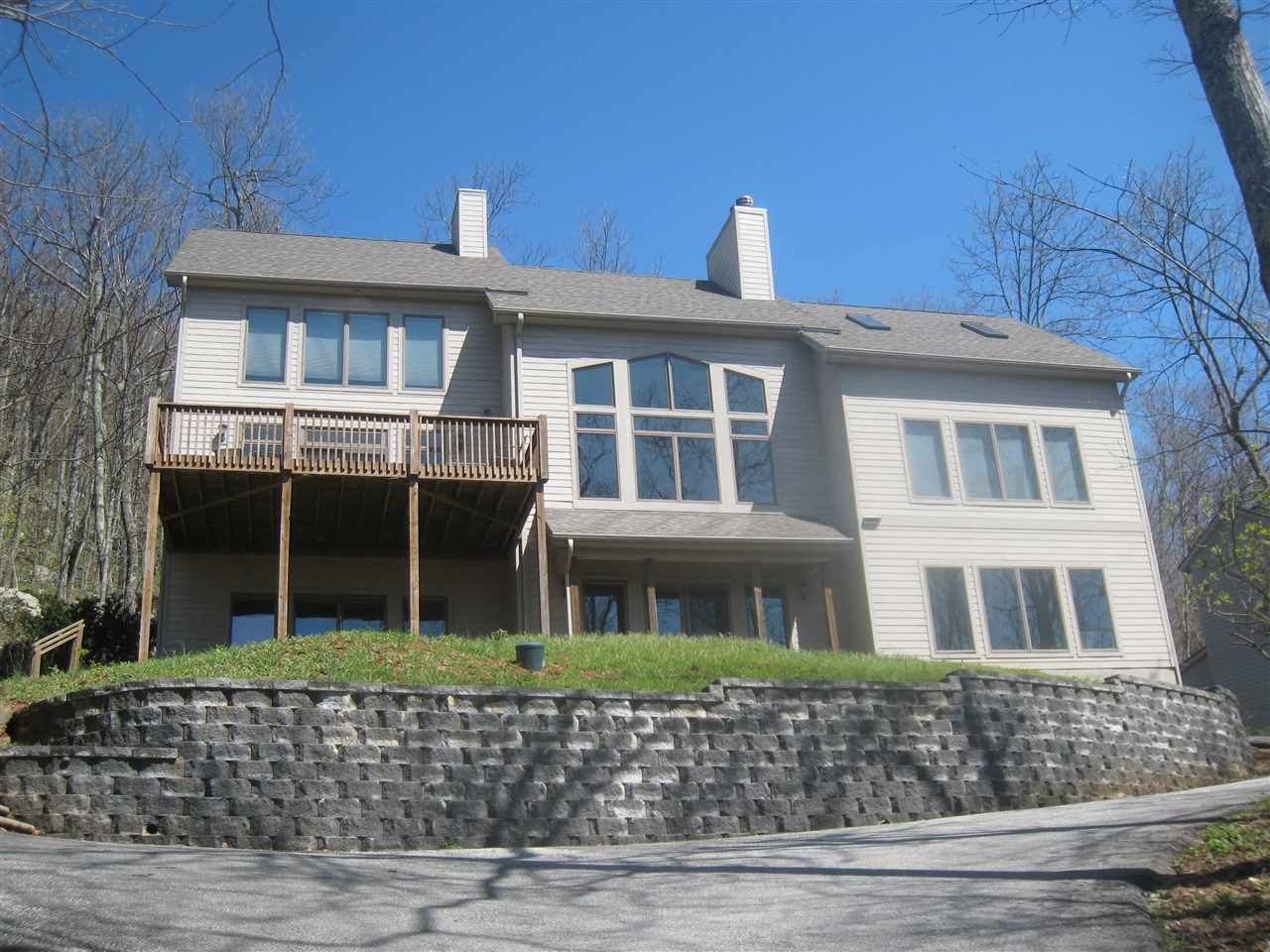 Contemporary, Detached - WINTERGREEN RESORT, VA (photo 1)