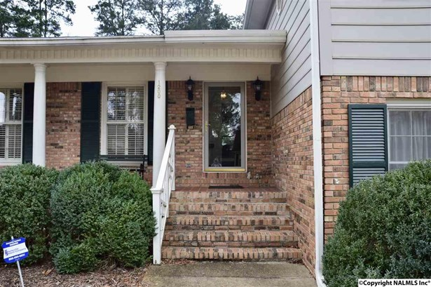 1200 Harrison Circle, HUNTSVILLE, AL - Photo 2 (photo 2)