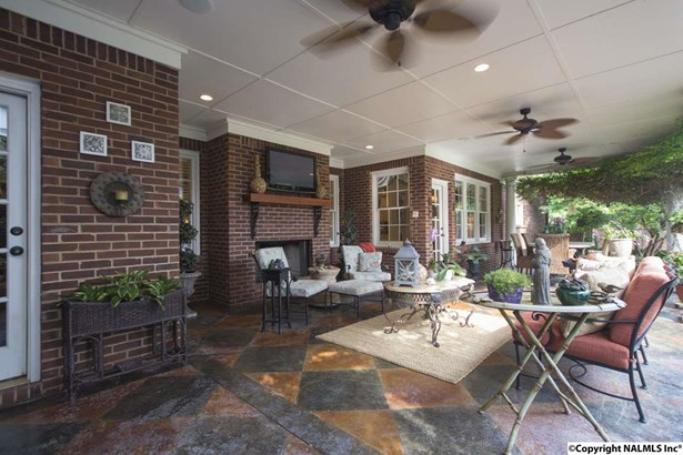 2882 Hampton Cove Way, HAMPTON COVE, AL - Photo 2 (photo 2)