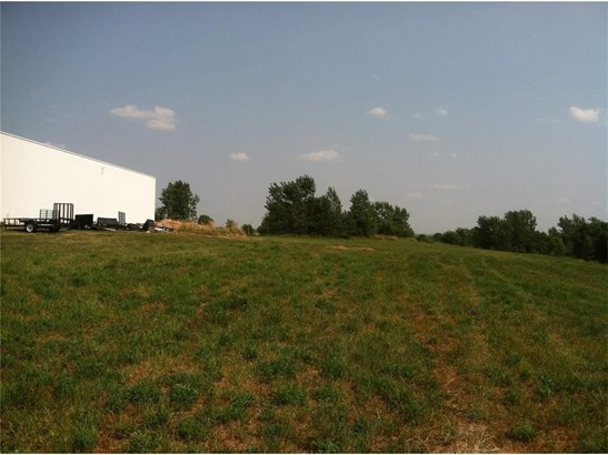 173 Escort Lane, Iowa City, IA - USA (photo 2)