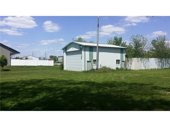 2701 Robins Road, Hiawatha, IA - USA (photo 3)