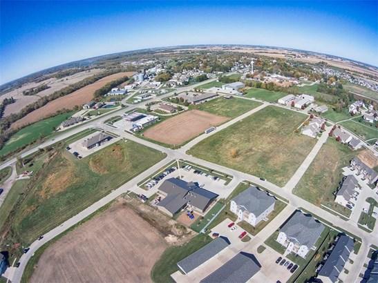 502 Windflower Lane, Solon, IA - USA (photo 5)