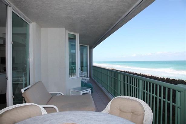 Condo/Coop - Jensen Beach, FL (photo 3)