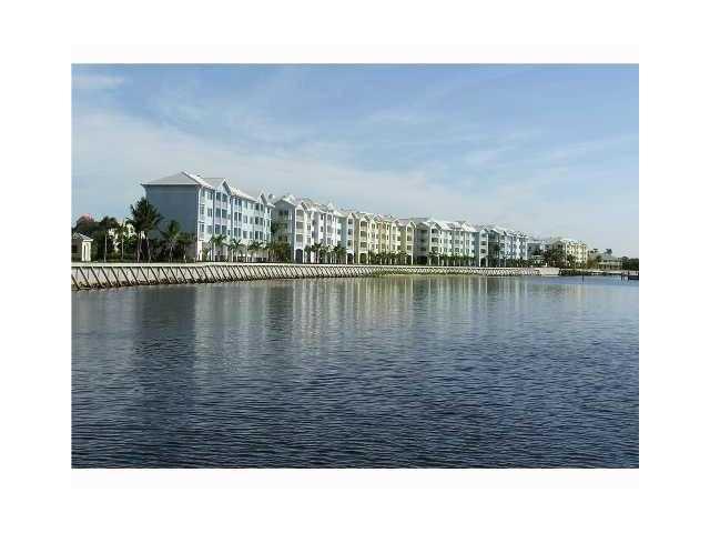 Condo/Coop - Stuart, FL (photo 1)