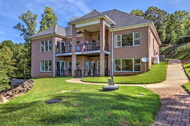 208 High Lake Drive, Statesville, NC - USA (photo 1)