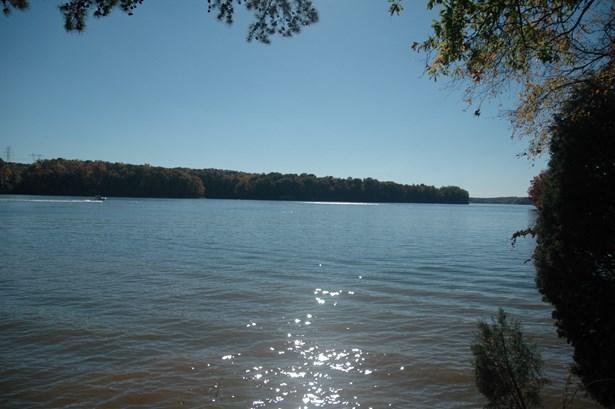 3305 Lake Pointe Drive, Belmont, NC - USA (photo 1)