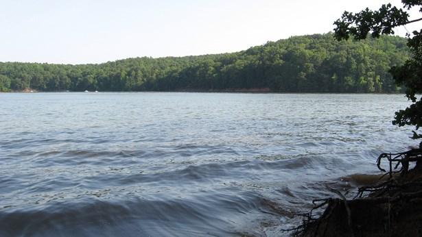 3305 Lake Pointe Drive, Belmont, NC - USA (photo 2)