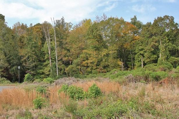 512 & 514 Lake Breeze Lane, Belmont, NC - USA (photo 2)