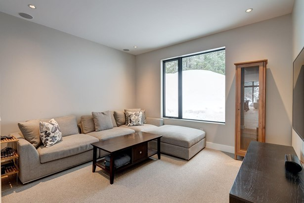 5521 Old Mill Lane, Whistler, BC - CAN (photo 4)