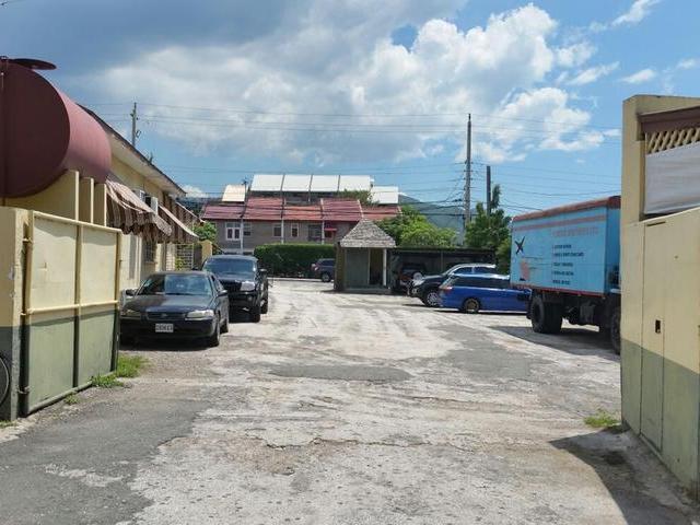 Worthington Ave, Kingston - JAM (photo 5)